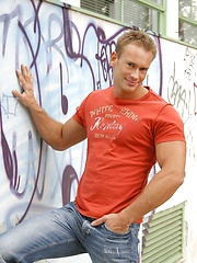 Young hottie jock Chris Naslund gets hard