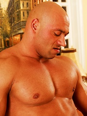 Randy Jones sows his muscled cock