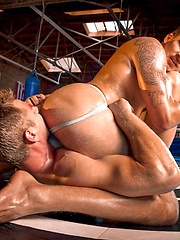 Muscle fighters Trent Diesel and Hugo Milano fucking