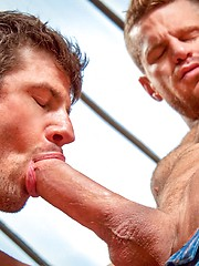 Brutal bodybuilder Zeb Atlas fcks his muscle buddy Landon Conrad