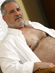 Horny daddy Luciano