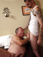 Evan Mansfield fucking hairy chubby dad Derik Strong