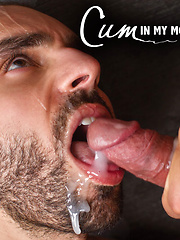 Jessie Colter Swallows Robert Van Damme's Hot Load