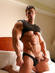 Hot Zeb  in Black