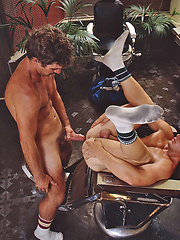Old gay porn scene, starring: Doug Weston and Loren Marks