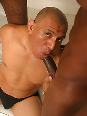 LAtin mature man fucked by two black hunks