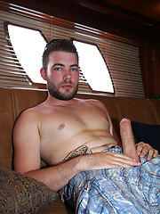 Chris Grun Fuzzy jerking off dick