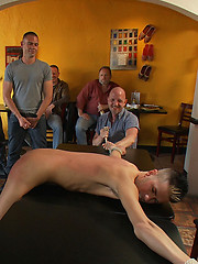 Restaurant patrons abuse a bad waiter and make him serve naked in public.