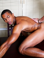 Sean XL and Andrew Justice in Gay Vacation